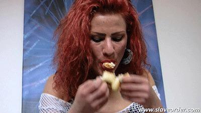 Kimberley prepares your disgusting slave meal (WMV, HD, 1280x720 Pixel)