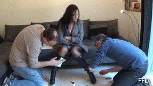 BOOTS CLEANING WITH MONEY (MP4)
