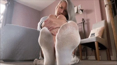 British Anna Teases You With Her Stinky White Socks And Barefeet