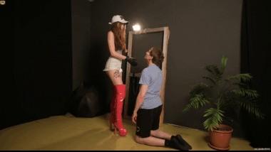 004 Princess Ava Face Slapping Boot Lickin Spit humiliation