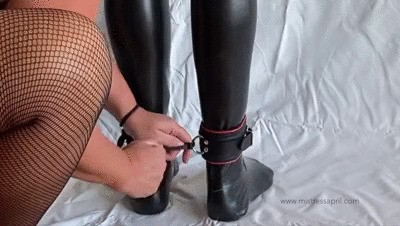 Dominatrix Mistress April Rubber Slave