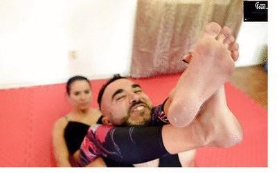 Wrestling teaching lesson and gym feet worship