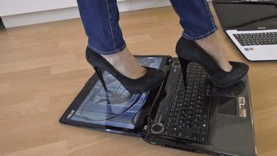 Destroying your laptops under high heels