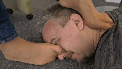 Neck massage with sweaty feet