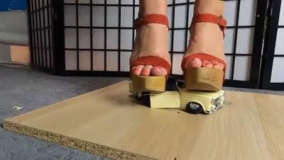 Holz Plateau treffen auf Modellauto