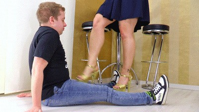 Ballbusting with high heels