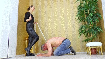 Whipping for an ill-behaved slave