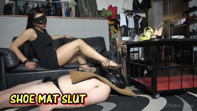 MISTRESS GAIA - SHOE MAT SLUT - HD
