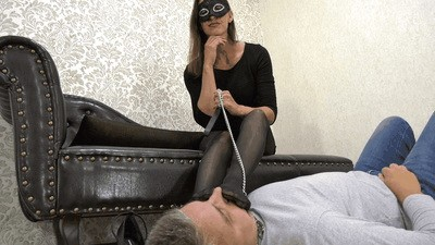 Humiliated and smothered under nylon feet