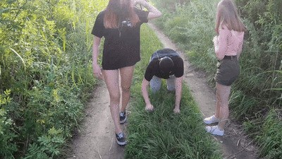 ALISA and DIANA - Walking in the fresh air with the fat idiot - GOPRO CAMERA (mp4)