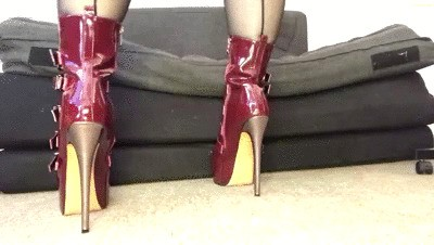 SEXY NEW BOOTS
