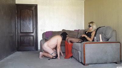FM session #40 Slave on a leash