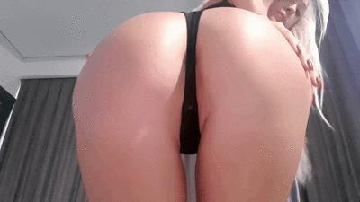 October Ass Worshipper