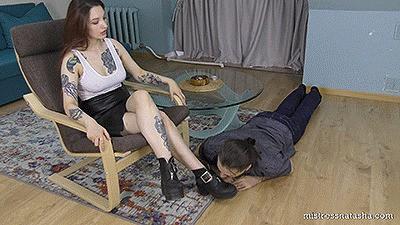 Lera - Lick My Dirty Boots (Full HD)