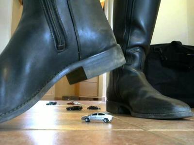 Deine teuren Modellautos werden zu staub zerstampft